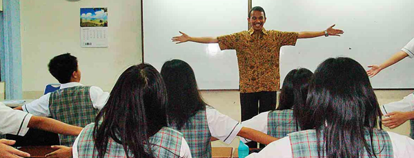 Pendidikan Yang Teacher-Centered